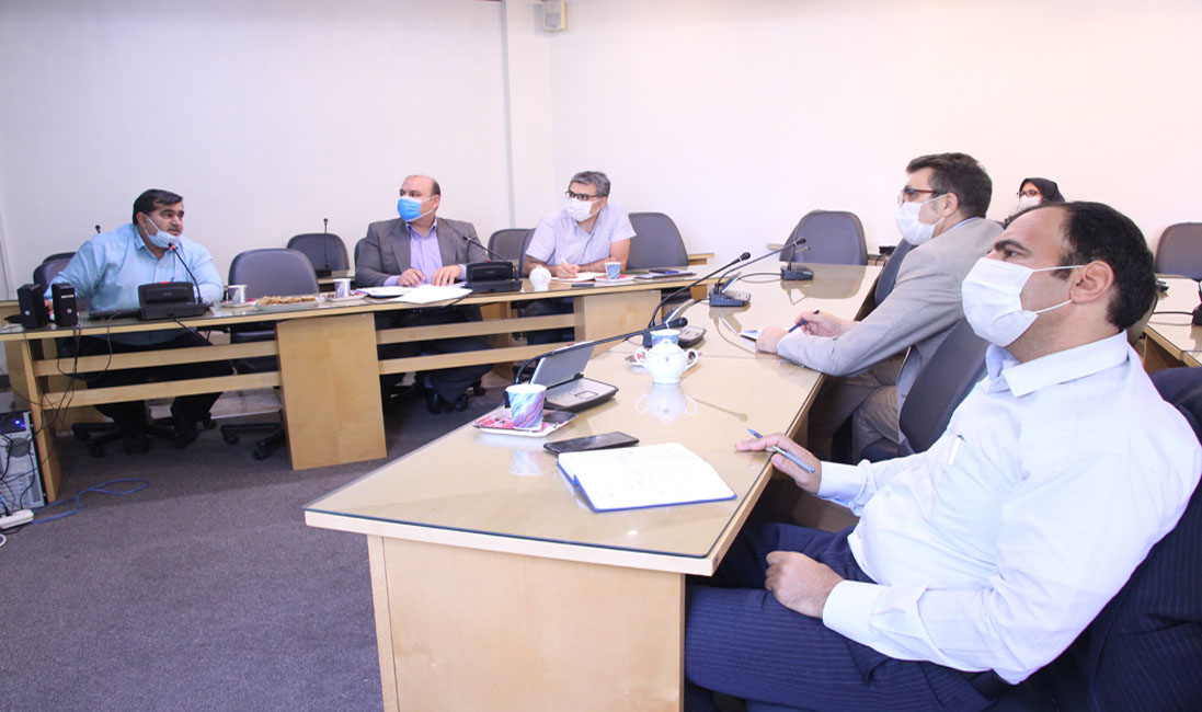 A meeting was held to implement the relevant standards and integrate the laboratories of the Nutrition Research Institute and the Food Industry of the country.